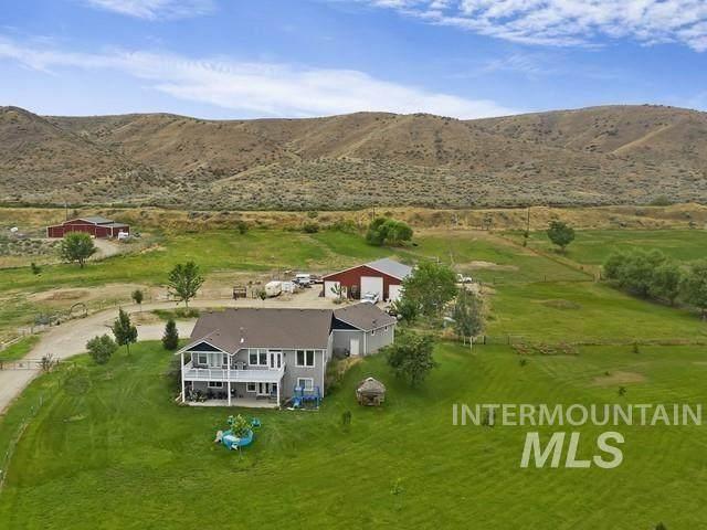7305 Mustang Lane, Emmett, ID 83617 (MLS #98812476) :: Idaho Life Real Estate