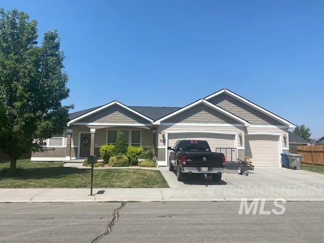 700 Sw Josephine St, Mountain Home, ID 83647 (MLS #98813024) :: Silvercreek Realty Group