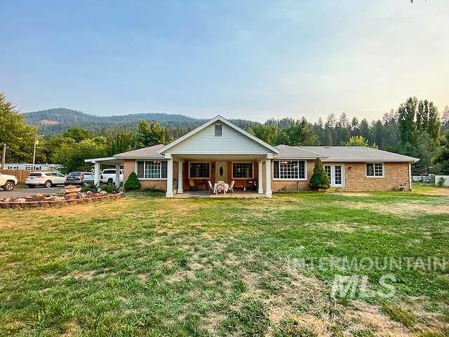 139 113th St, Orofino, ID 83544 (MLS #98813492) :: Team One Group Real Estate