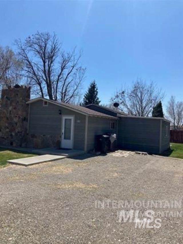 515 W C Street, Shoshone, ID 83352 (MLS #98815195) :: Epic Realty