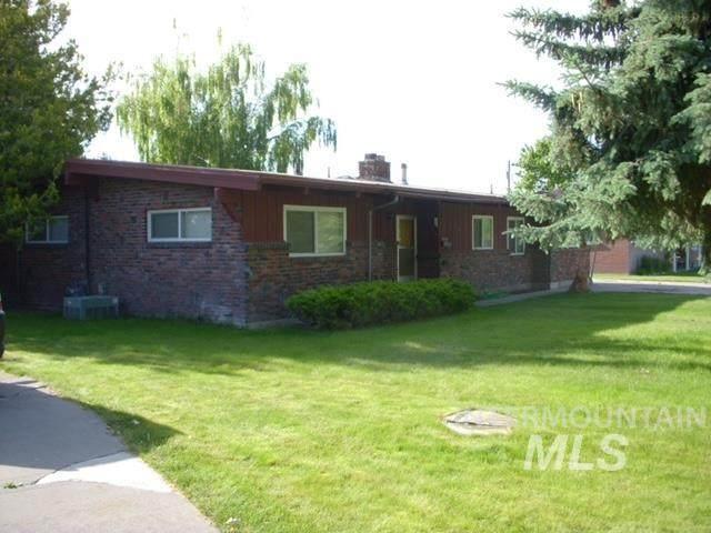 582 Lynwood Blvd, Twin Falls, ID 83301 (MLS #98816096) :: Idaho Real Estate Advisors