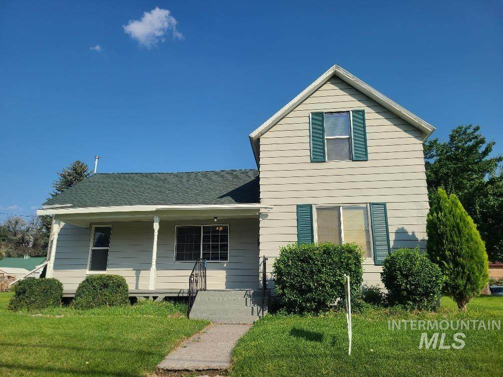 773 Fort Hall Ave - Photo 1
