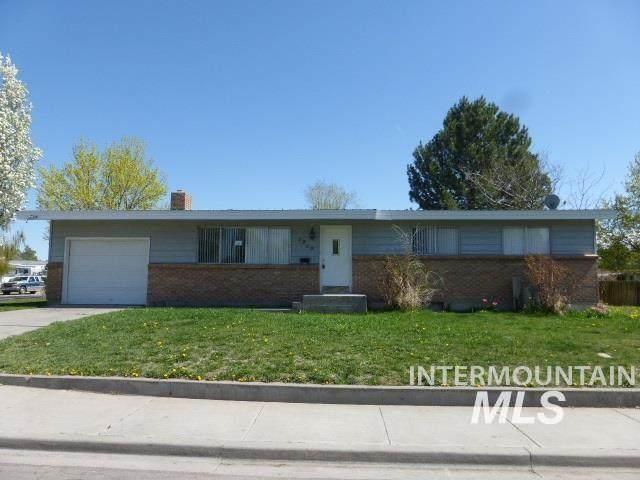 1950 Sherry Drive, Twin Falls, ID 83301 (MLS #98817631) :: Beasley Realty