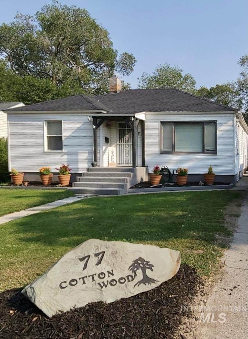 77 Cottonwood Ave - Photo 1