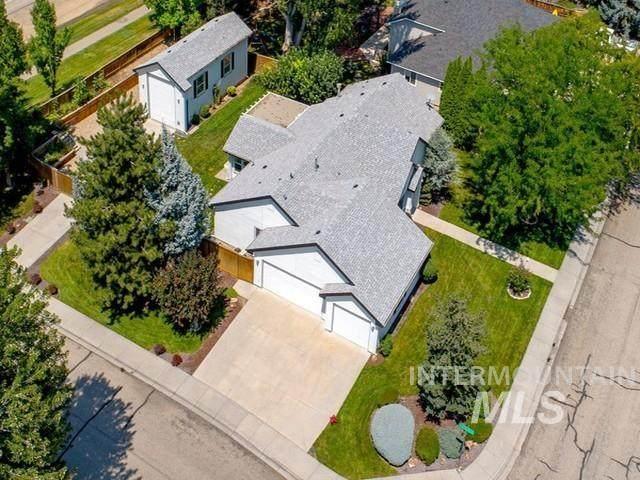 10861 N Blacktail, Boise, ID 87714 (MLS #98819287) :: Michael Ryan Real Estate