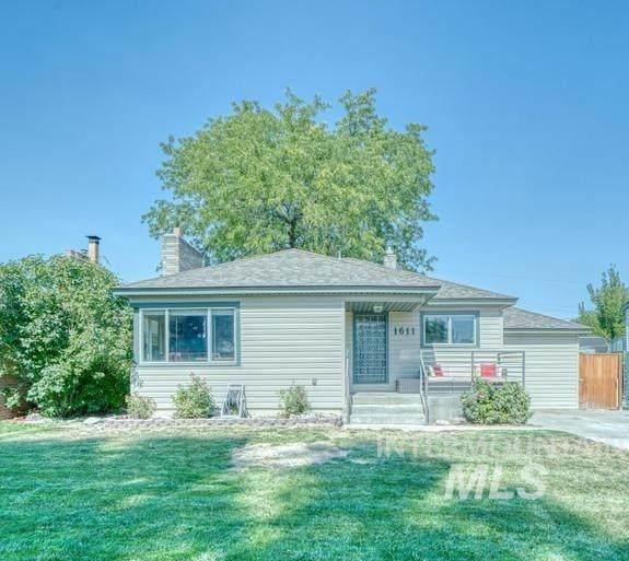 1611 Kimes Avenue, Twin Falls, ID 83301 (MLS #98819362) :: New View Team