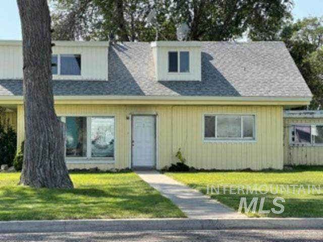 485 N 15 E. Mountain Home, Mountain Home, ID 83647 (MLS #98819742) :: Epic Realty