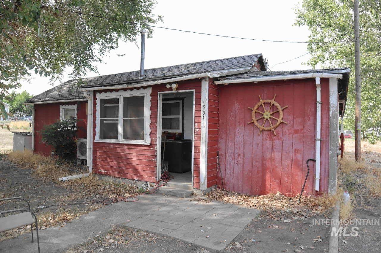 1391 Maple Street - Photo 1