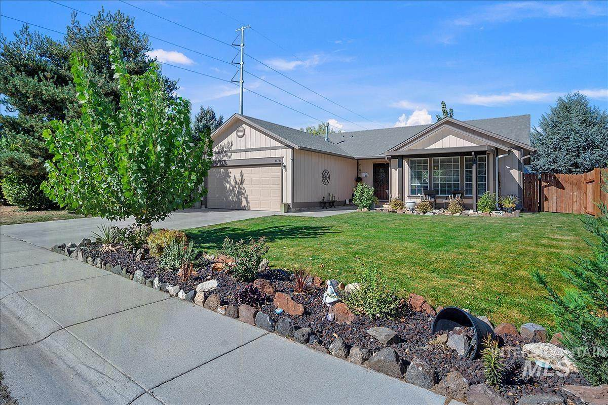 13734 Meadowdale Dr - Photo 1