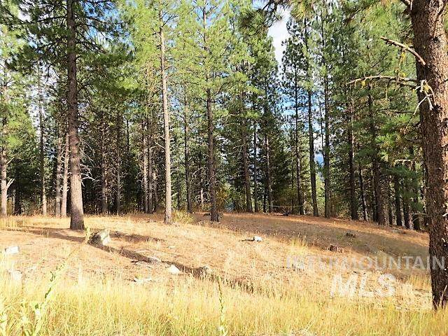 Lot 83 White Pine Dr, Garden Valley, ID 83622 (MLS #98822426) :: Juniper Realty Group