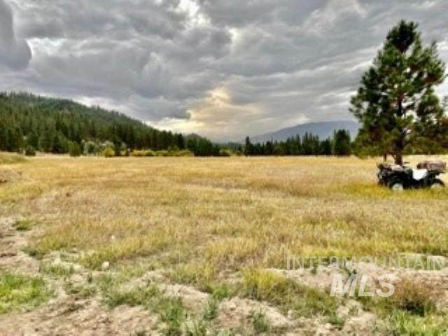 20 Rivers Edge, Garden Valley, ID 83622 (MLS #98822790) :: Juniper Realty Group