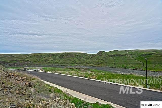 758 Swantz Drive - Photo 1