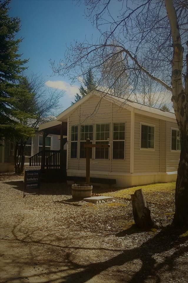 514 N Sawyer #A7 A-7, Cascade, ID 83611 (MLS #98685739) :: Broker Ben & Co.