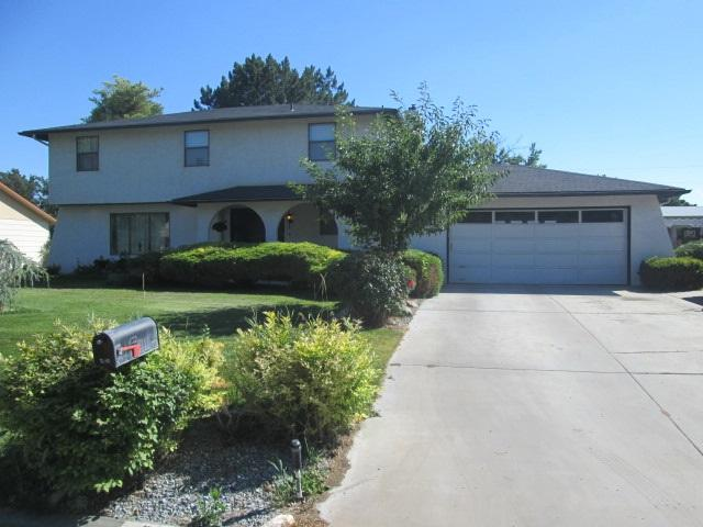 2101 Belle Aire Dr, Nampa, ID 83686 (MLS #98700247) :: Juniper Realty Group