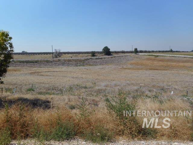 1406 Oak River Ln, Caldwell, ID 83607 (MLS #98700453) :: Boise River Realty