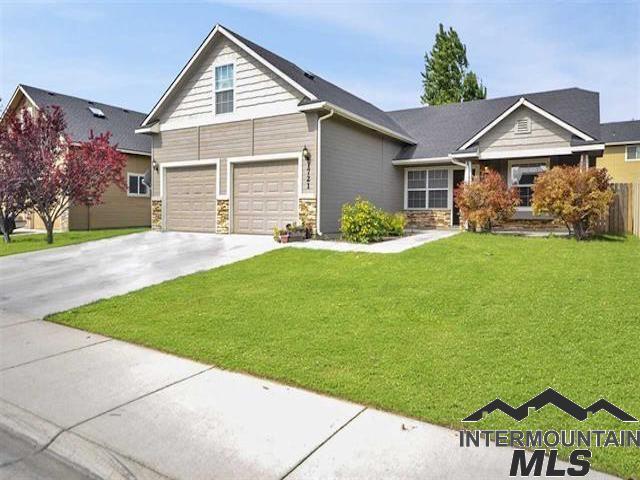 1721 S Oakley Avenue, Nampa, ID 83686 (MLS #98714321) :: Idahome and Land