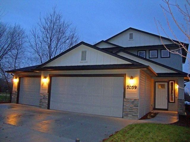 7059 W Devonwood, Boise, ID 83714 (MLS #98714415) :: Jackie Rudolph Real Estate