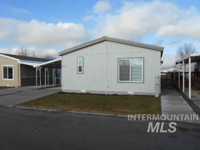 706 Freedom Lane, Emmett, ID 83617 (MLS #98715178) :: Alves Family Realty