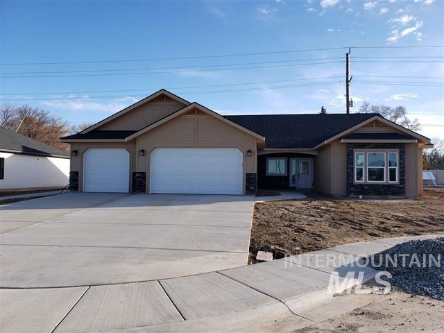 1038 Dunnigan Street, Twin Falls, ID 83301 (MLS #98724772) :: Legacy Real Estate Co.