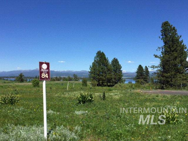 60 Azure Ct, Donnelly, ID 83615 (MLS #98740827) :: Juniper Realty Group