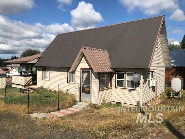 511 Cedar St., Bovill, ID 83806 (MLS #98744008) :: Juniper Realty Group