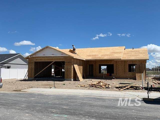 1365 Jump Street, Twin Falls, ID 83301 (MLS #98747904) :: Boise River Realty