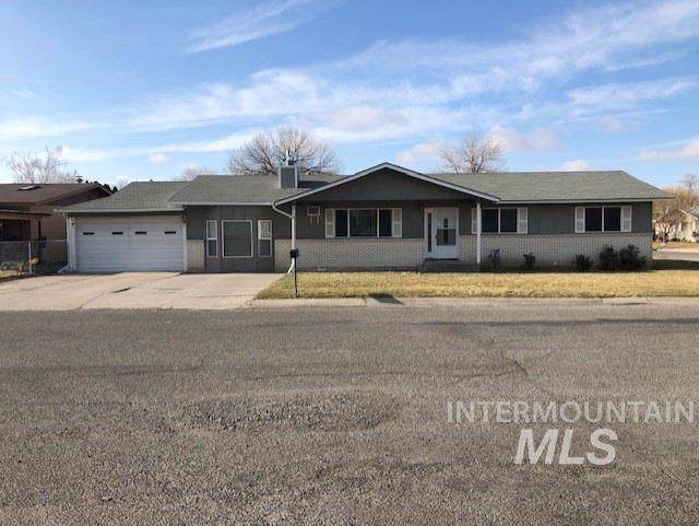 1249 Utah Street, Gooding, ID 83330 (MLS #98751273) :: 208 Real Estate