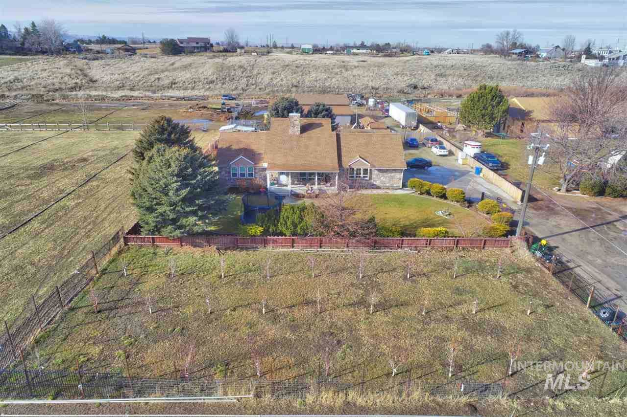 7985 Cloverdale Rd - Photo 1
