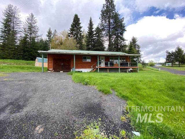 312 S 3rd Street, Elk River, ID 83827 (MLS #98760865) :: Juniper Realty Group