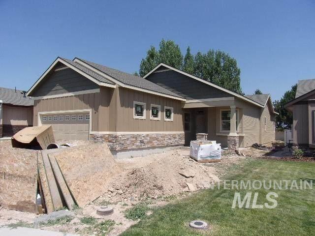 3704 S Teakwood, Nampa, ID 83686 (MLS #98763661) :: Build Idaho