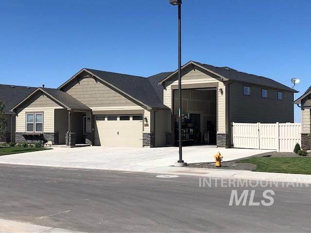 2579 E Persimmon Court, Emmett, ID 83617 (MLS #98774408) :: Silvercreek Realty Group