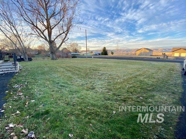 1920 Burrell Ave, Lewiston, ID 83501 (MLS #98787807) :: Navigate Real Estate