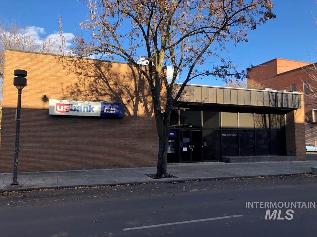 835 Main Street - Photo 1
