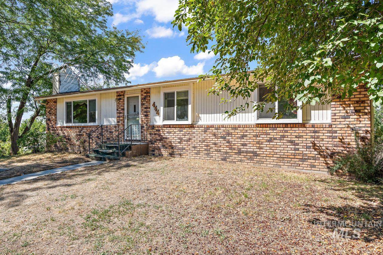 444 South Slope Rd - Photo 1