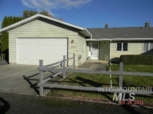 627 Airway Dr, Lewiston, ID 83501 (MLS #98823173) :: Minegar Gamble Premier Real Estate Services