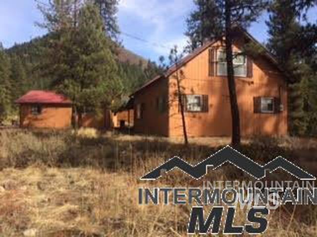 29 Eightmile Dr, Lowman, ID 83637 (MLS #98726184) :: Jon Gosche Real Estate, LLC