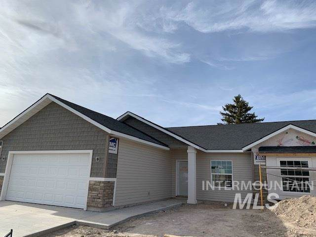 1776 Gage Ave, Twin Falls, ID 83301 (MLS #98736967) :: Idaho Real Estate Pros