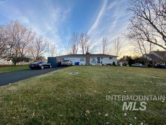 1920 Burrell Ave, Lewiston, ID 83501 (MLS #98787807) :: The Bean Team