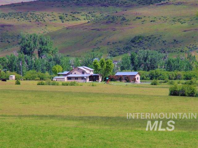 2490 Cemetery Lane, Council, ID 83612 (MLS #98725011) :: Boise River Realty