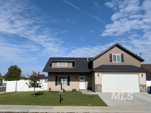 820 Parkwood Dr, Twin Falls, ID 83301 (MLS #98721542) :: New View Team