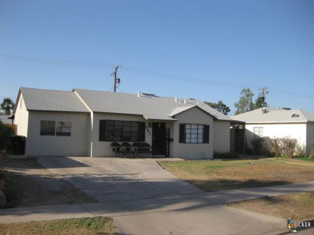 887 Oleander Ave, El Centro, CA 92243 (MLS #21781818IC) :: Capital Real Estate
