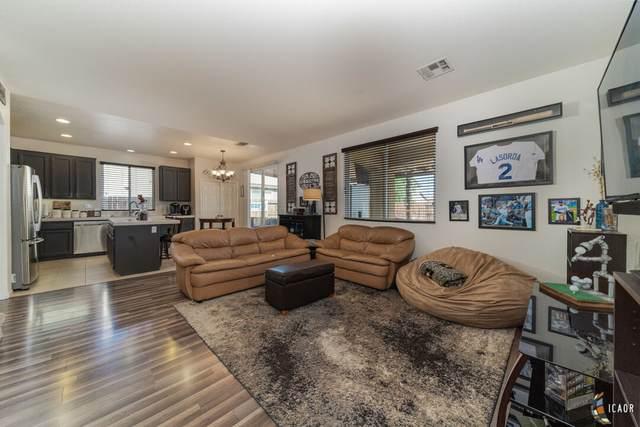 1022 Meadowview Ave, El Centro, CA 92243 (MLS #21785676IC) :: Capital Real Estate
