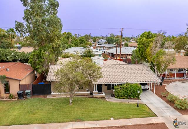 1537 W Elm Ave, El Centro, CA 92243 (MLS #21787424IC) :: Duflock & Associates Real Estate Inc.