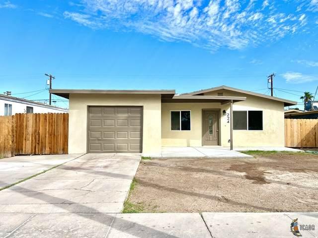 224 E Holt Ave, El Centro, CA 92243 (MLS #21793678IC) :: DMA Real Estate