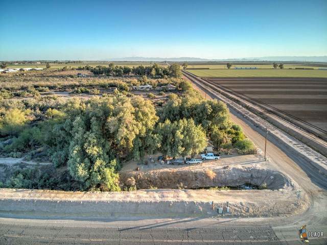 2680 Cooley Rd, Imperial, CA 92251 (MLS #21798492IC) :: DMA Real Estate