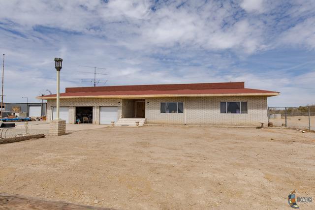 506 Beal, Calipatria, CA 92233 (MLS #18323028IC) :: DMA Real Estate