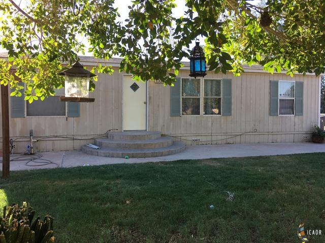 2325 Olive Ave, Holtville, CA 92250 (MLS #18392090IC) :: DMA Real Estate