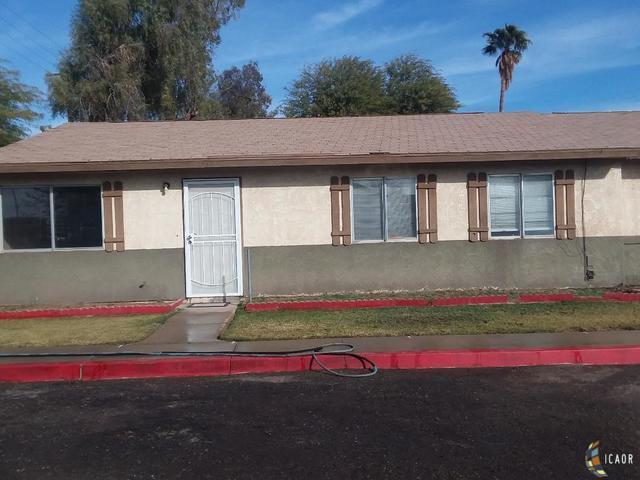 1257 6TH St, El Centro, CA 92243 (MLS #19420748IC) :: DMA Real Estate
