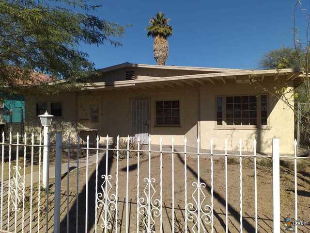 609 E 2ND St, Calexico, CA 92231 (MLS #19423710IC) :: DMA Real Estate