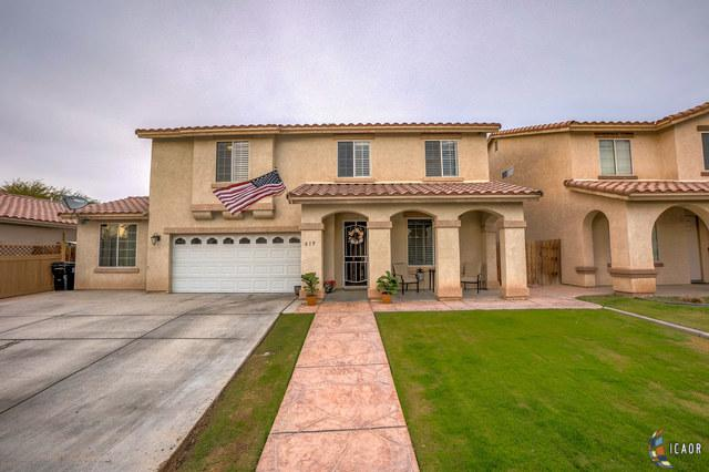 619 Silverwood St, Imperial, CA 92251 (MLS #19423912IC) :: DMA Real Estate
